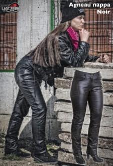 Pantalon coupe jeans femme cuir agneau nappa noir